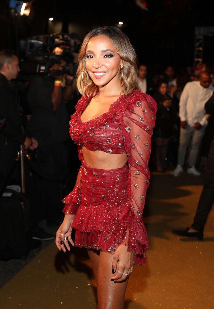 Tinashe Performs at the 2018 Maxim Hot 100 Party