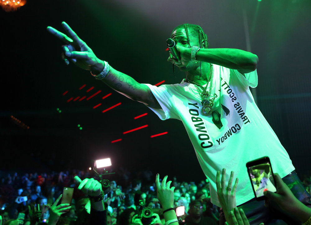 Travis Scott performs at the 2017 Maxim Super Bowl Party