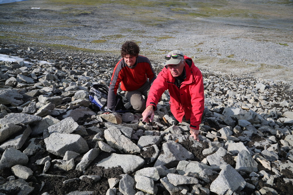 90th Parallel-Secrets.Ice - looking at possible finds.JPG