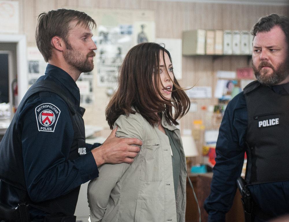 Radius_Jane and cops in store©ThomasFricke160619-417.jpg
