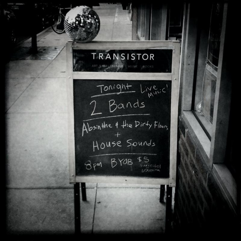 transistorsignB&W.jpg