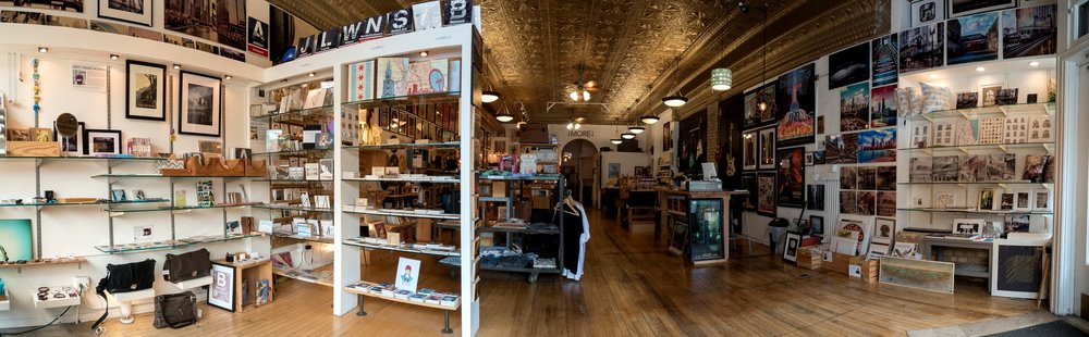 A panoramic view of the store by Rafael Rivera, a few days before he became owner of Transistor.
