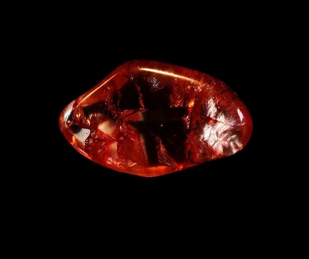 Red-quartz-By-Peaceful-Island-com-crystal.jpg