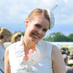 Many thanks to Anna who sent in this photo of her visit to Ascot Ladies Day. Anna is wearing my SPIRAL fascinator design made from silk dupion and featuring beaded ribbon and ostrich feathers. She looks absolutely beautiful and the headpiece worked really well with her fabulous outfit.