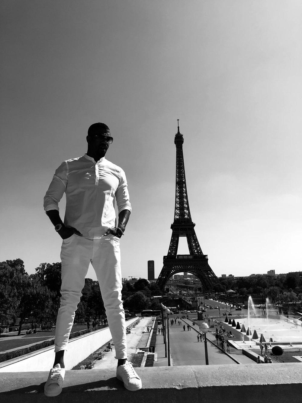 Adidas Eifel Tower