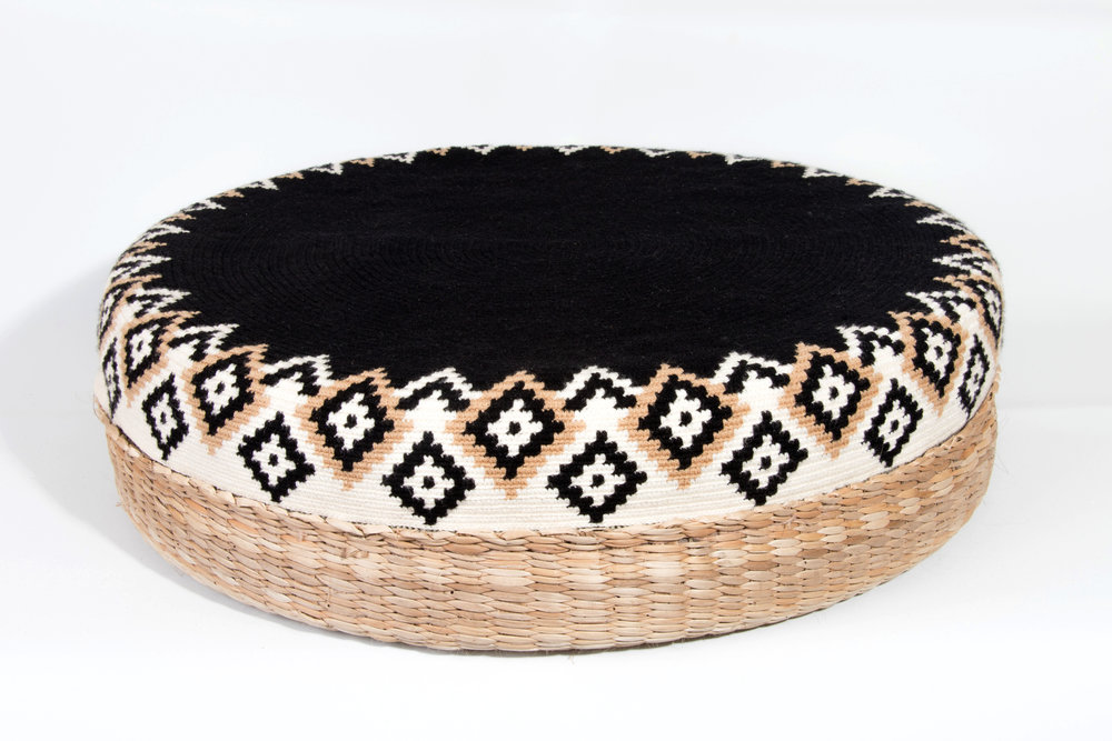 DAR-Projects-Pouf-whole-negro.jpg