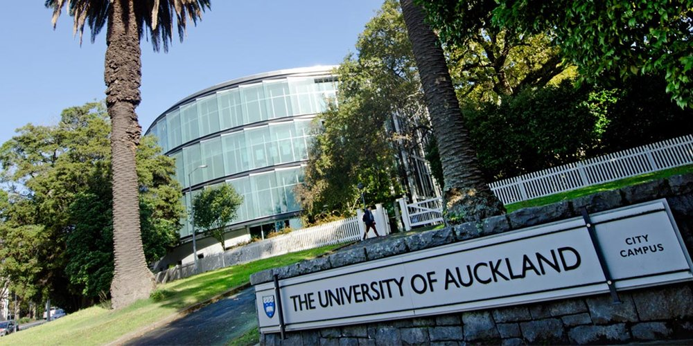 UNIVERSITY OF AUCKLAND - We maintain freezers that store valuable Bioscience items at minus 80 degrees Celsius. Our responsibilities include full design, build and maintenance solutions for large-scale laboratory cool rooms, including specialist freezers and incubators.