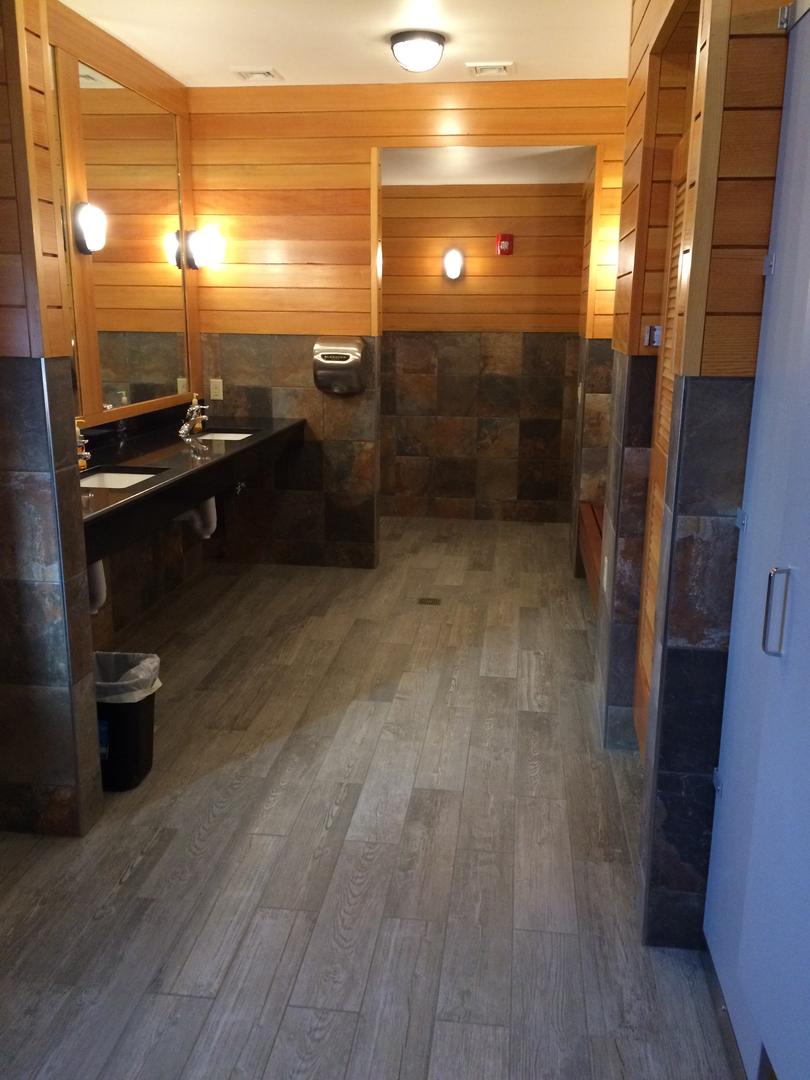 bayharbor marina bathrooms.jpeg
