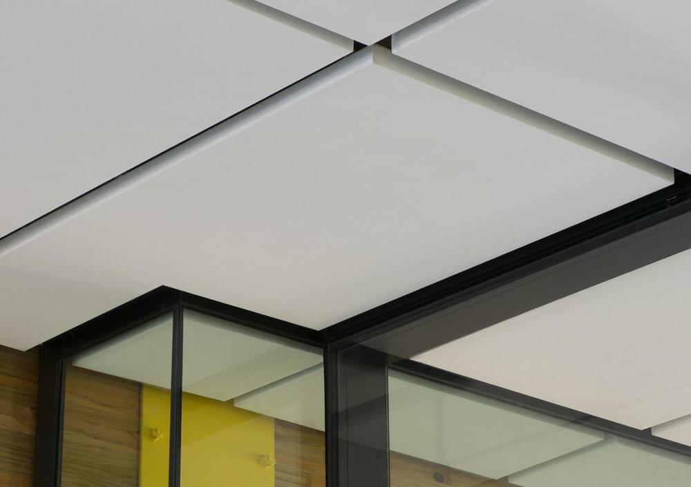 Asona ceiling