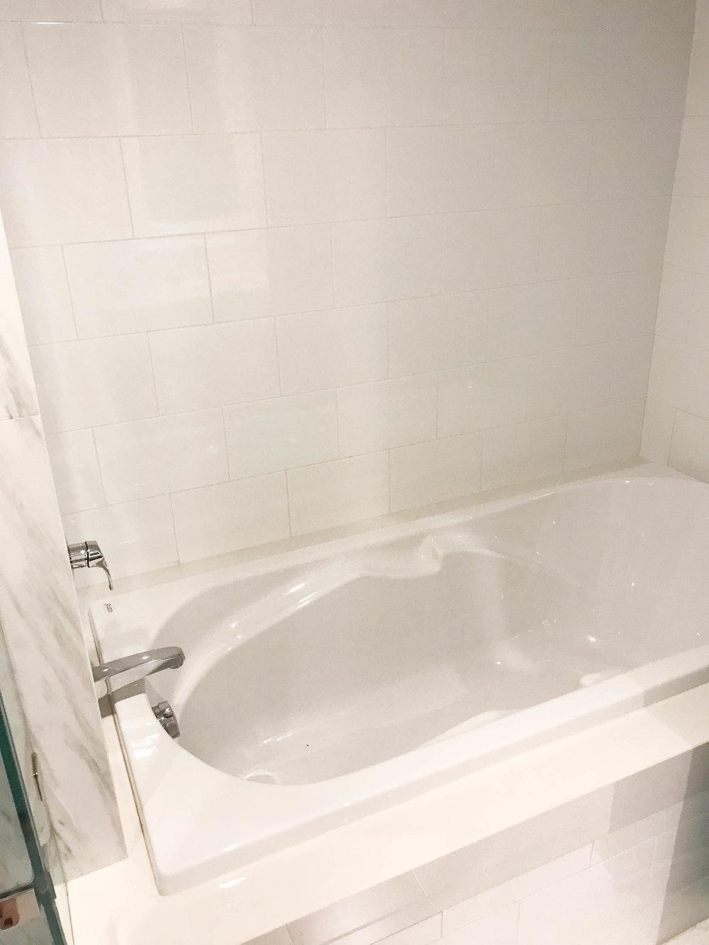 Cade Kudu Hotel - Koi Yao Noi, Thailand - Coastal Bathroom Bath Tub