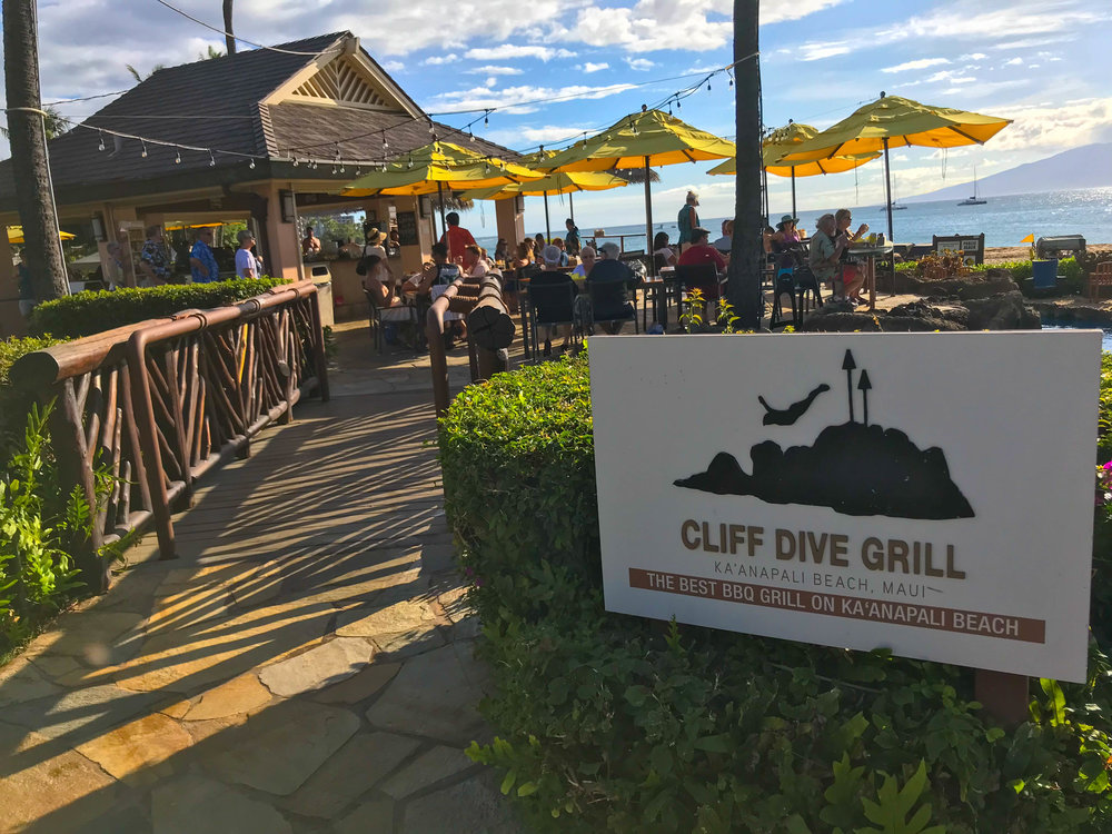 WATCH THE CLIFF DIVERS FROM THE CLIFF DIVE GRILL