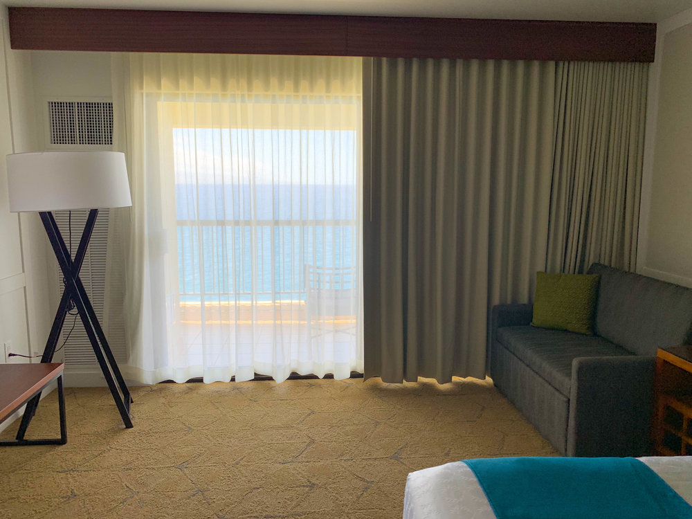 Sheraton Maui Resort Deluxe Ocean Front Room