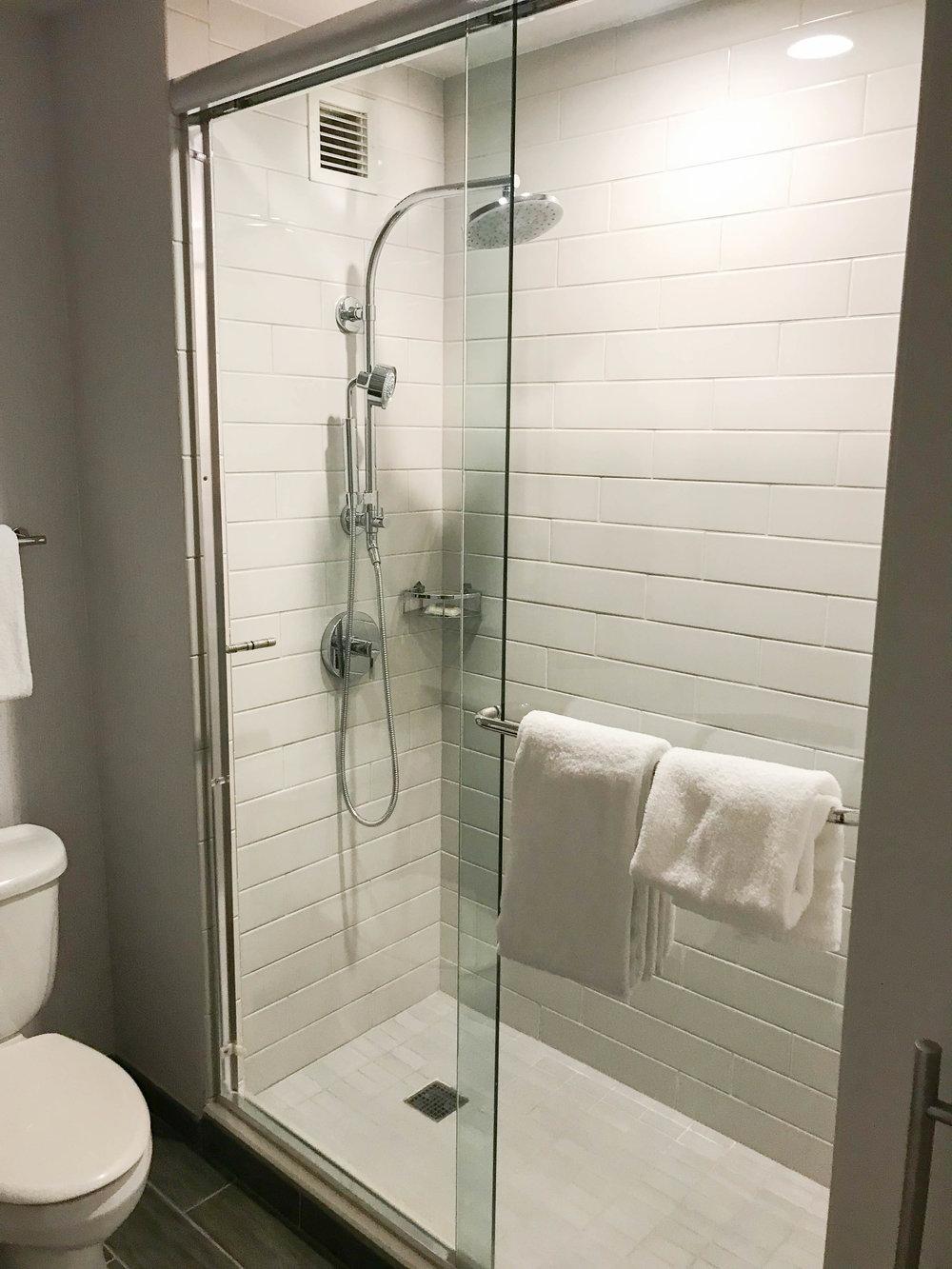 Hyatt Regency Sonoma County Bathroom Shower