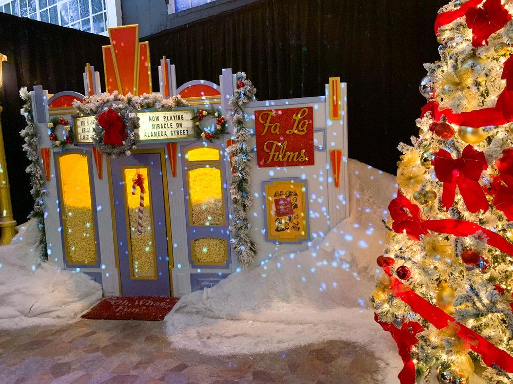 Fa la land - Christmas Pop-up in Downtown LA Christmas Town