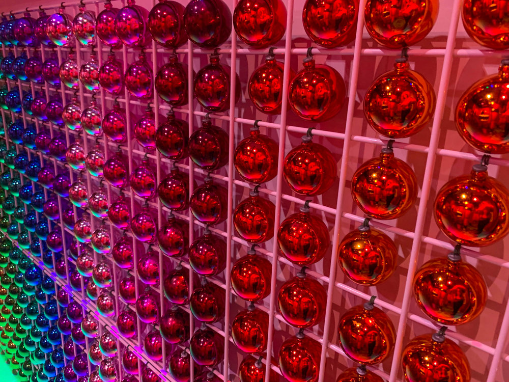 Fa la land - Christmas Pop-up in Downtown LA Naughty or Nice Room - Christmas Countdown