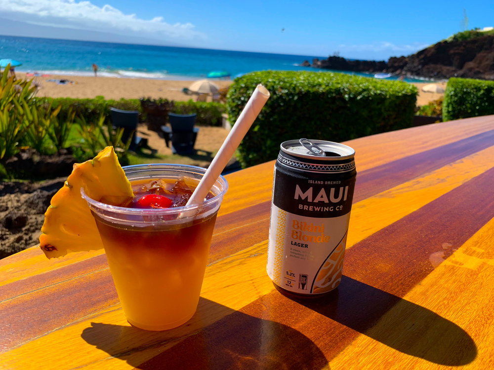 Maui Hawaii Cliff Dive Bar - Sheraton Hotel