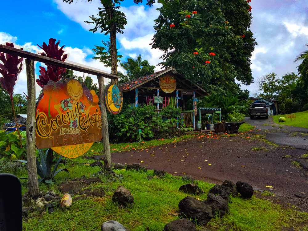 MAUI HAWAII Coconut Glen's Ice Cream - Road to Hana