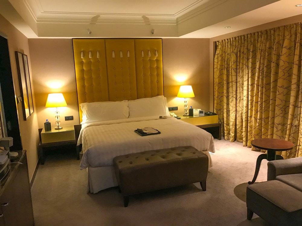 Hong Kong InterContinental-hotel-room.jpg