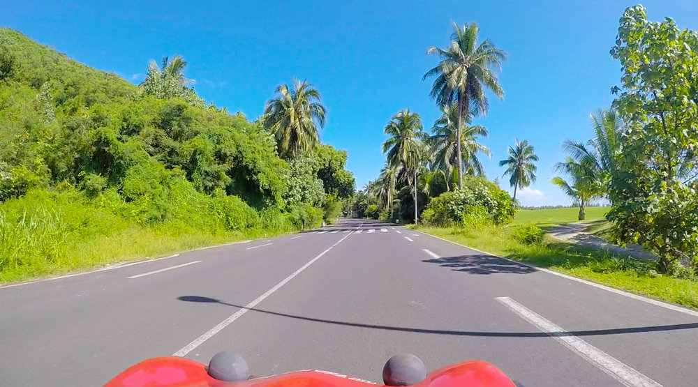 Drive-around-Moorea.jpg