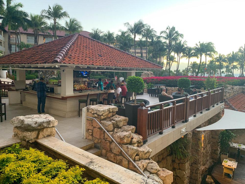 Aruba_Hyatt_Regency_bar.jpg