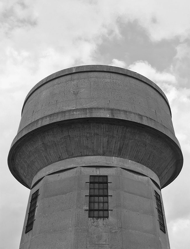 Architecture-London-Design-Freehaus-Water-Tower-5.jpg