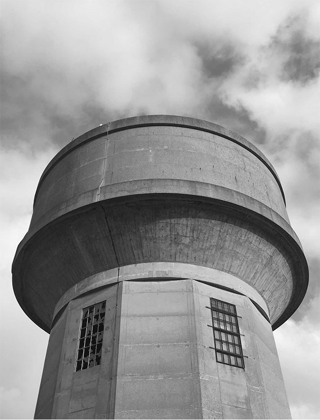 Architecture-London-Design-Freehaus-Water-Tower-6.jpg
