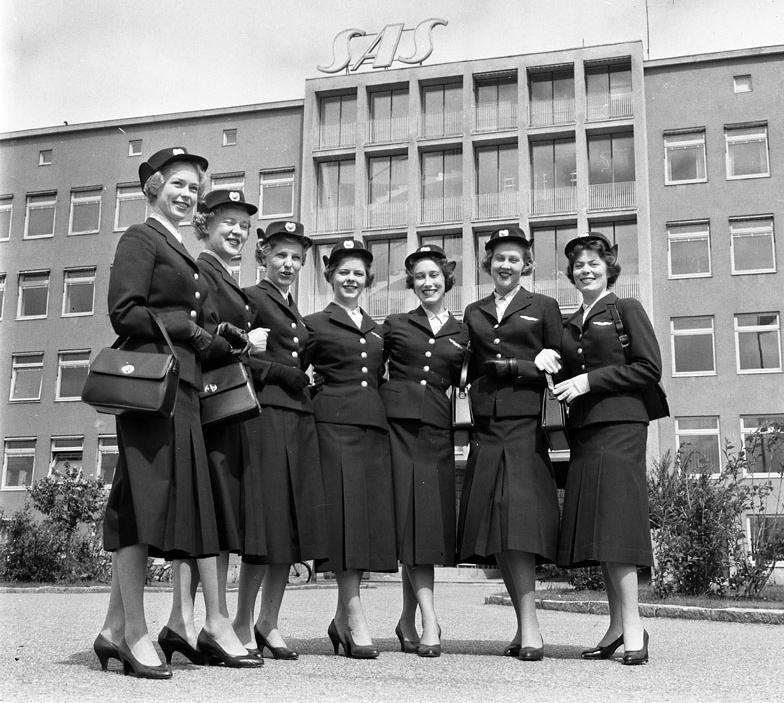 Flygvärdinnor stockholmskällan.JPG