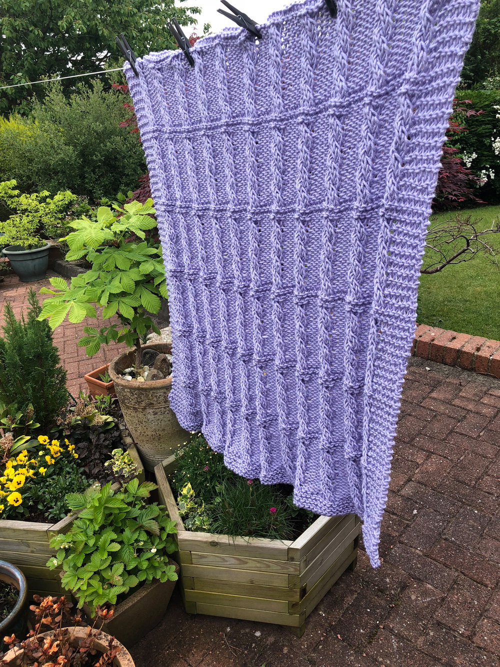 Lupin Blanket - Cable knitting pattern