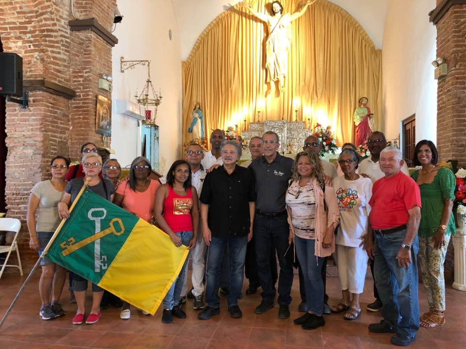 Tao Baja Puerto Rico with Mayor Marquez-Garcia after Hurricane Maria