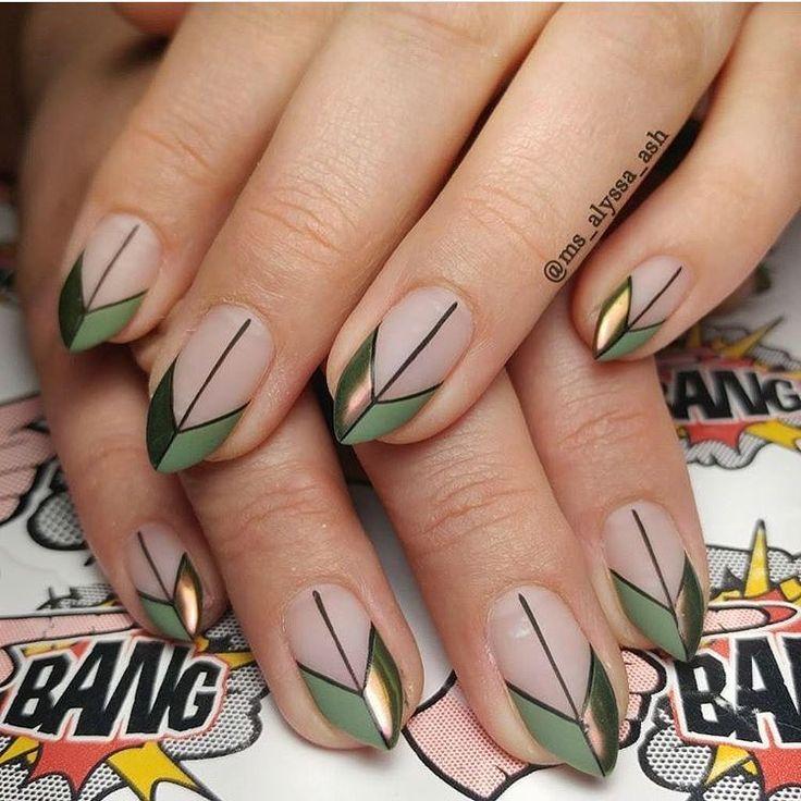 linear-embellished-nails-2_orig.jpg