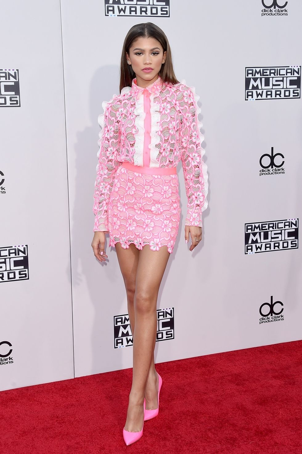 wearing-emanuel-ungaro-at-the-2015-american-music-awards_orig.jpg
