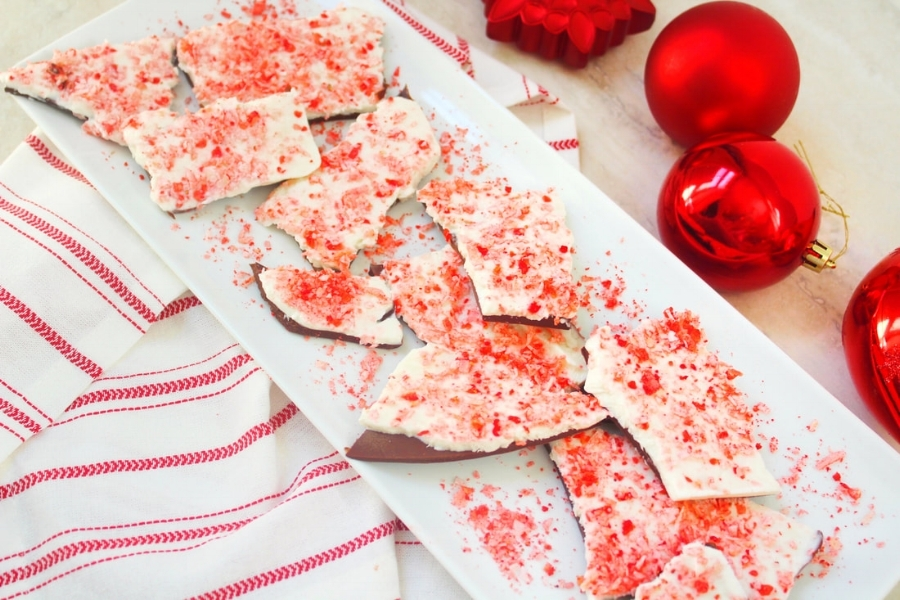 christmas-chocolate-peppermint-bark_orig.jpg