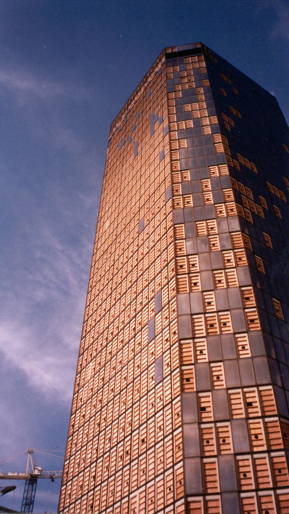 Bank One High rise located in Fortworth, Texas