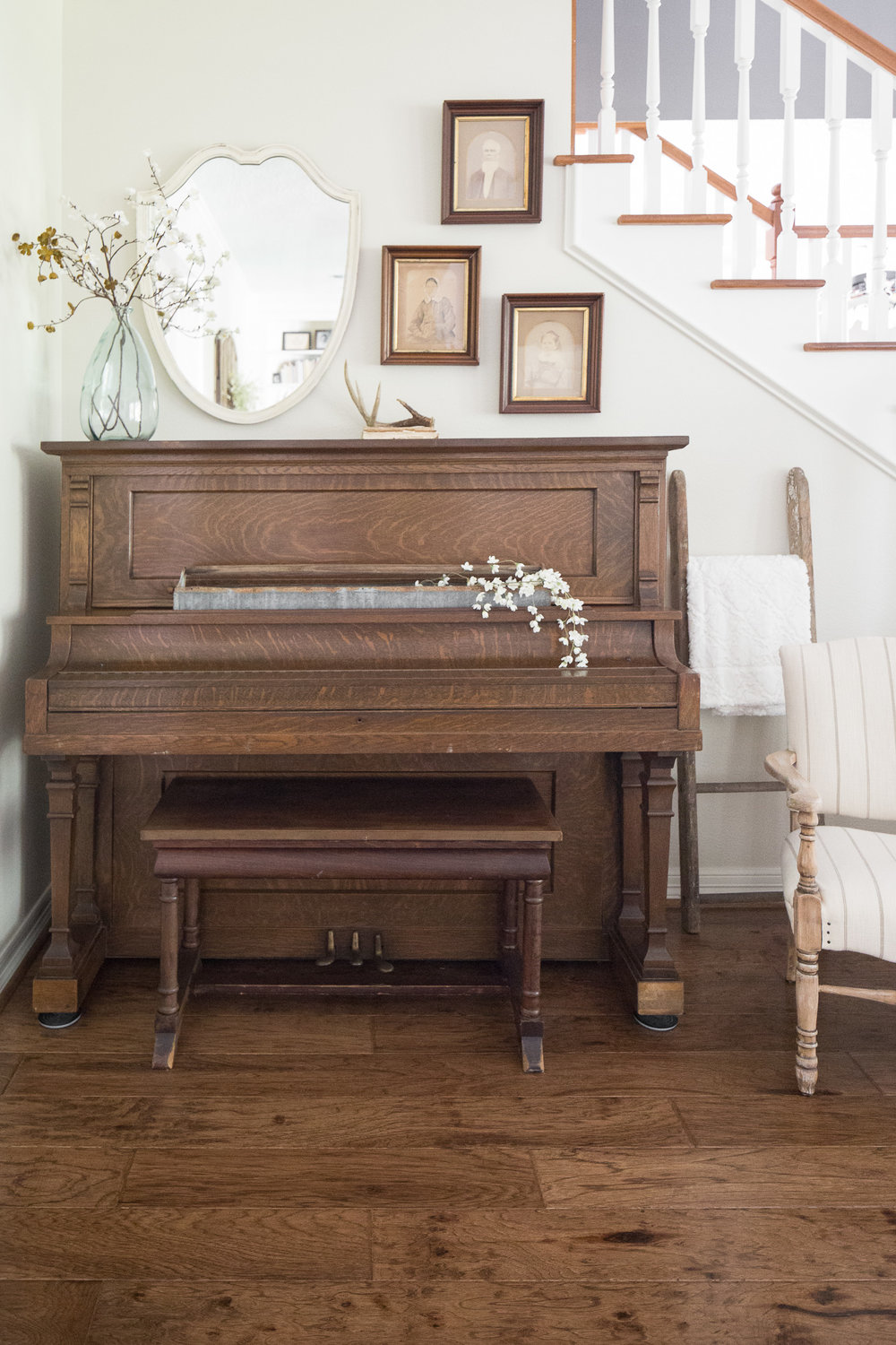 Moore House Interiors Piano Styling.jpg