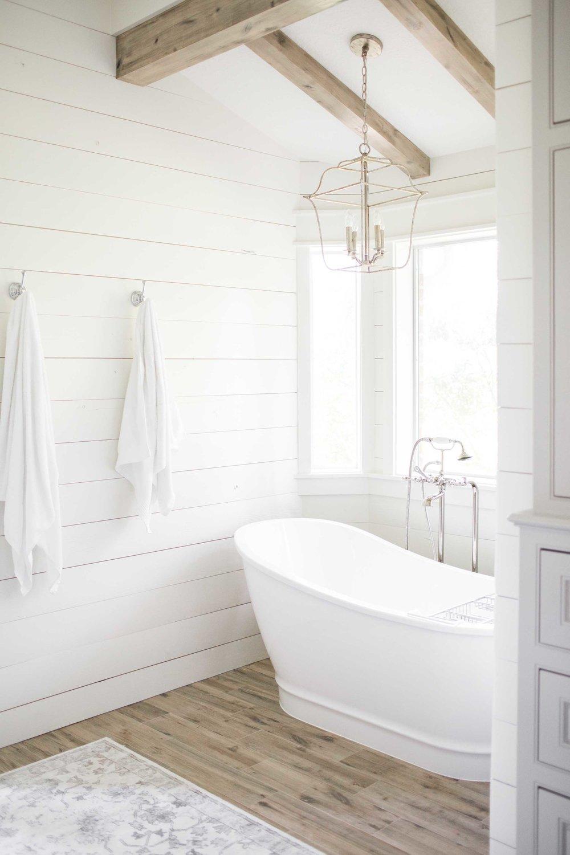 Moore House Interiors Tomball Bathroom00006.jpg