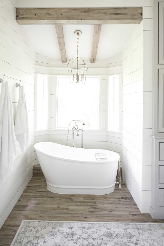 Moore House Interiors Tomball Bathroom00007.jpg