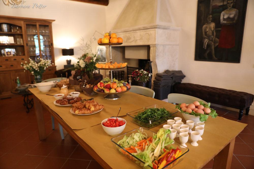 Breakfast Tuscany (1 of 1).jpg