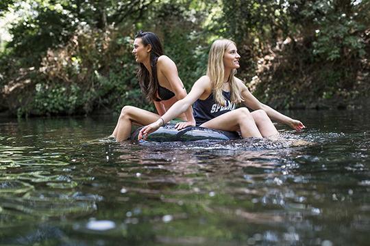 river_girls_12