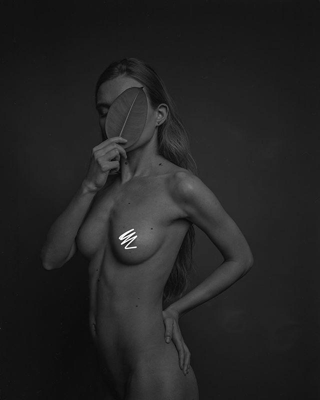 Pashkovskiy Portrait Studio Portrait - @yaroslava.ch  Arca-Swiss F-Classic 4x5+X-ray film (Fuji)