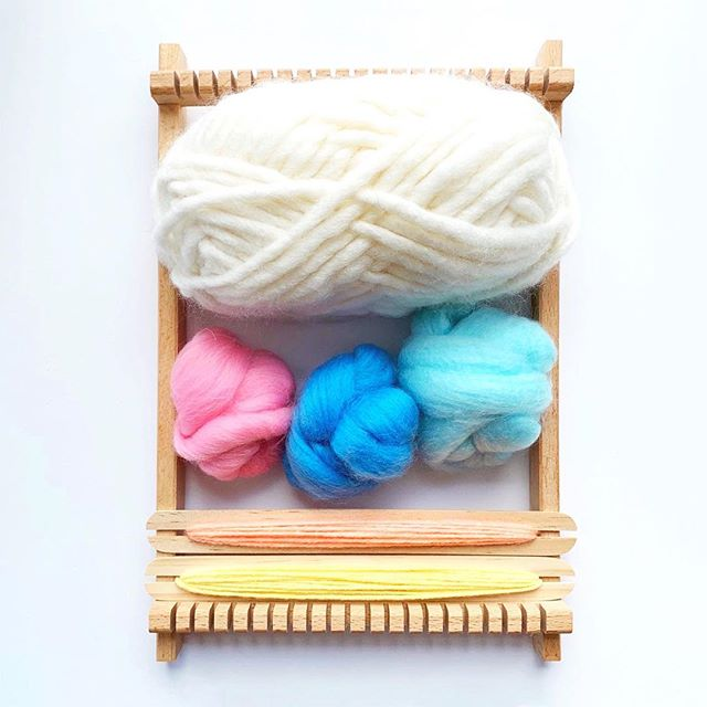 Spring colours for this beautiful sunny day. #craft #loomweaving #weaving #spring #yarn #wool