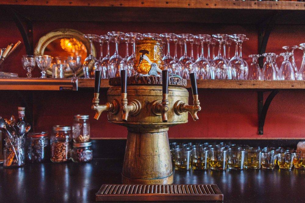 visit-sellwood-moreland-business-alliance_corkscrew-wine-bar-2.jpg