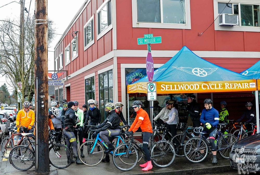 visit-sellwood-moreland-business-alliance_sellwood-cycle-repair-3.jpg