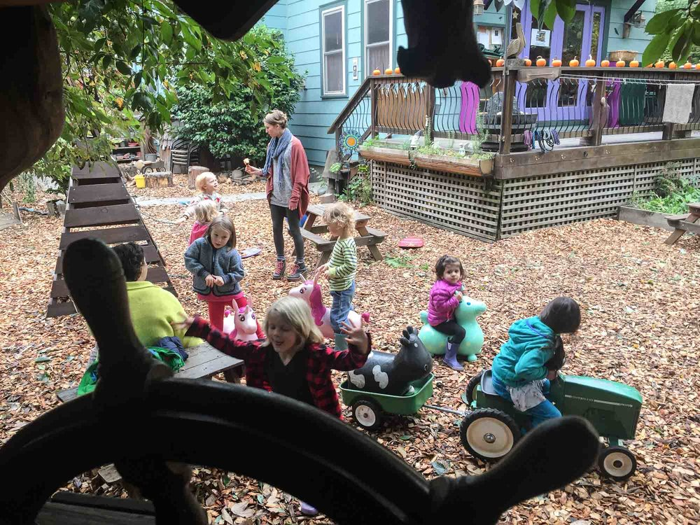 visit-sellwood-moreland-business-alliance_violet-garden-2.jpg