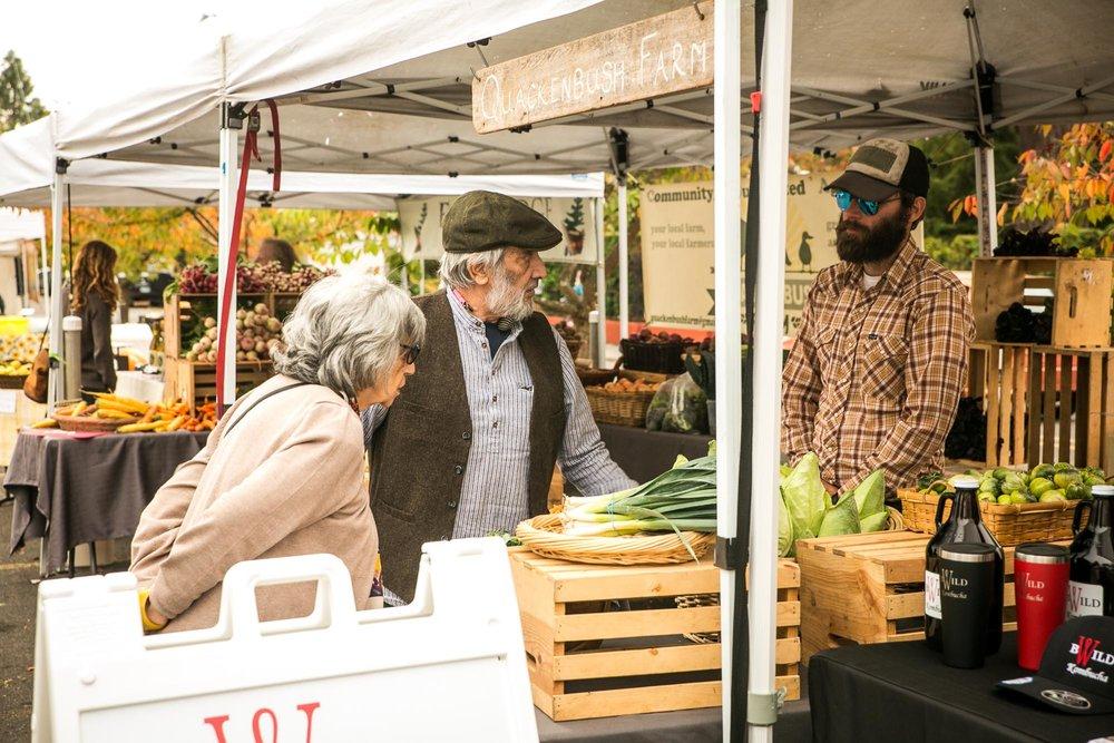 visit-sellwood-moreland-business-alliance_moreland-farmers-market-3.jpg