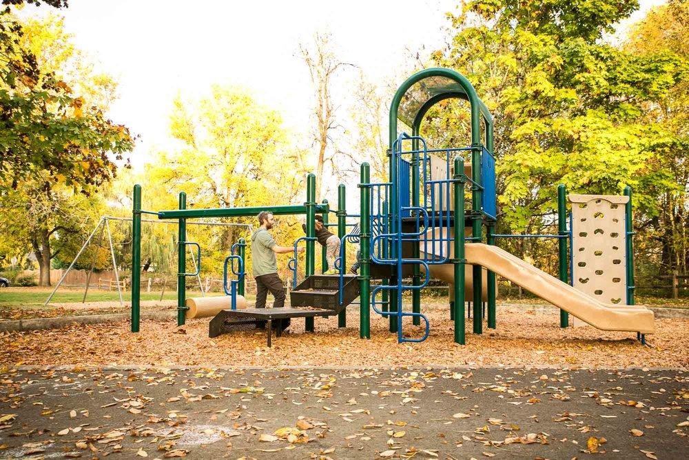 visit-sellwood-moreland-business-alliance_johnson-creek-park-5.jpg
