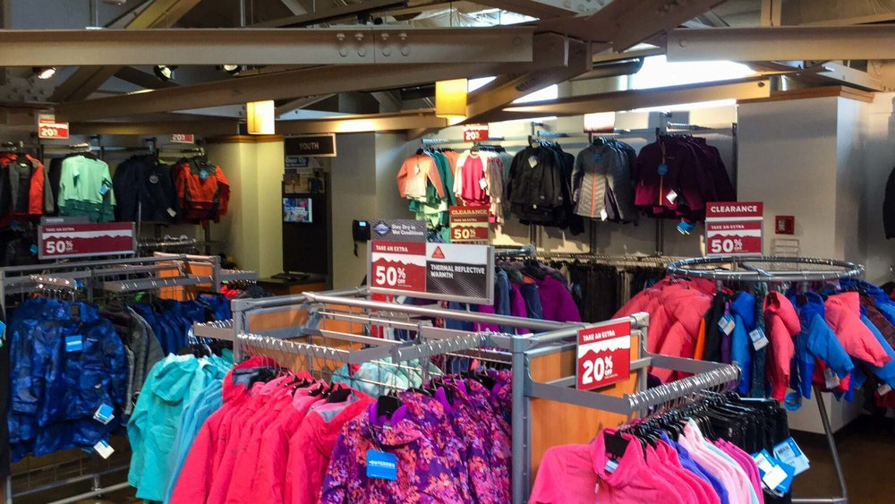 visit-sellwood-moreland-business-alliance_columbia-sportswear-outlet.jpg
