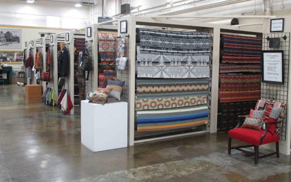 visit-sellwood-moreland-business-alliance_pendleton-woolen-mills-3.jpg