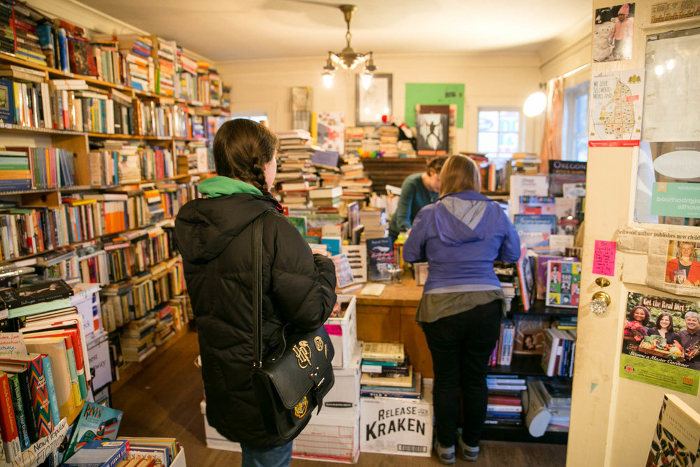 visit-sellwood-moreland-business-alliance_wallace-books-8.jpg