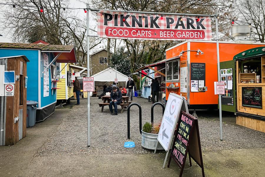 visit-sellwood-moreland-business-alliance_pik-nik-food-carts.jpg