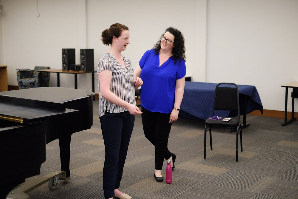Ms. Jones leading a masterclass at the 2018 UBC Summer Vocal Workshop where she has been the Director since 2013. Photo: Sam Siegel, Student: Morgan MacDonald